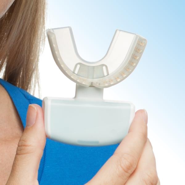 Unterstützt die Zahnbewegung: Infrarotlichtgerät von OrthoPulse®