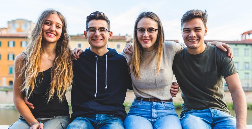 Transparente Zahnschiene für Jugendliche in Kirchheim